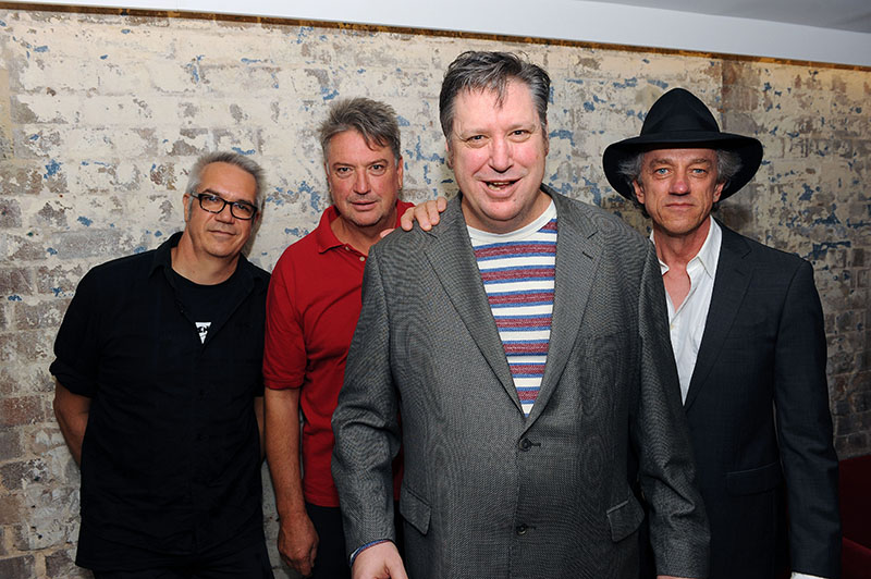 feelpresents the sunnyboys